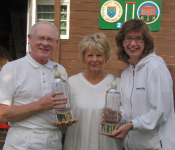 Alternate Strokes Doubles Competition: Winners David Harrison-Wood and Helena Urban and Guest of Honour Chrissie Isaacs