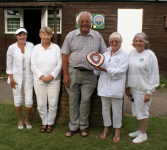 Ladies' Day: Winners Woking Wenches with Bill Arliss (photo: Ray Hall)