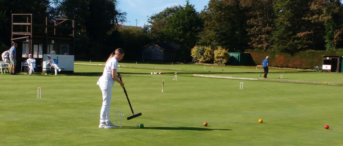 Challenge & Gilbey: Gabrielle Higgins in play on Lawn 5